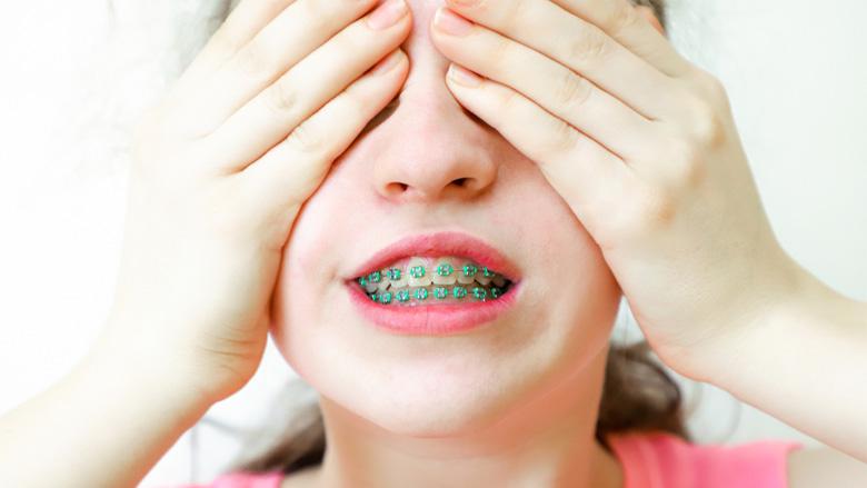 Studie: Zahnkorrekturen führen nicht zwangsläufig zu mehr Selbstbewusstsein
